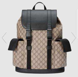 9517bdf4664331 Authentic Rare Gucci GG Supreme Backpack BNWT